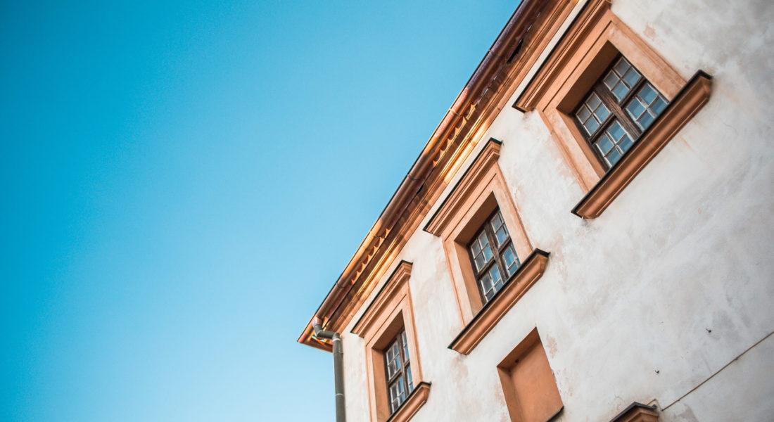 old-house-and-bright-blue-sky-picjumbo-com